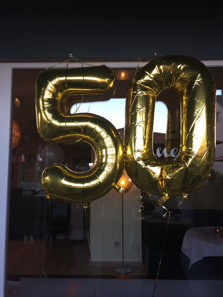 Tja, Nun Habe Ich Ihn Hinter Mir, Den 50. Geburtstag. Und Vielleicht  Interessiert Es Ja Jemanden Wie Man Eine Solche Feier Organisiert.